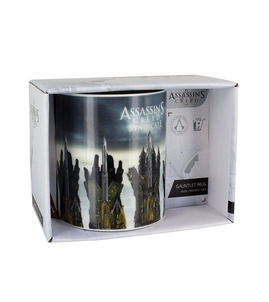 ASSASSINS CREED GAUNLET MUG